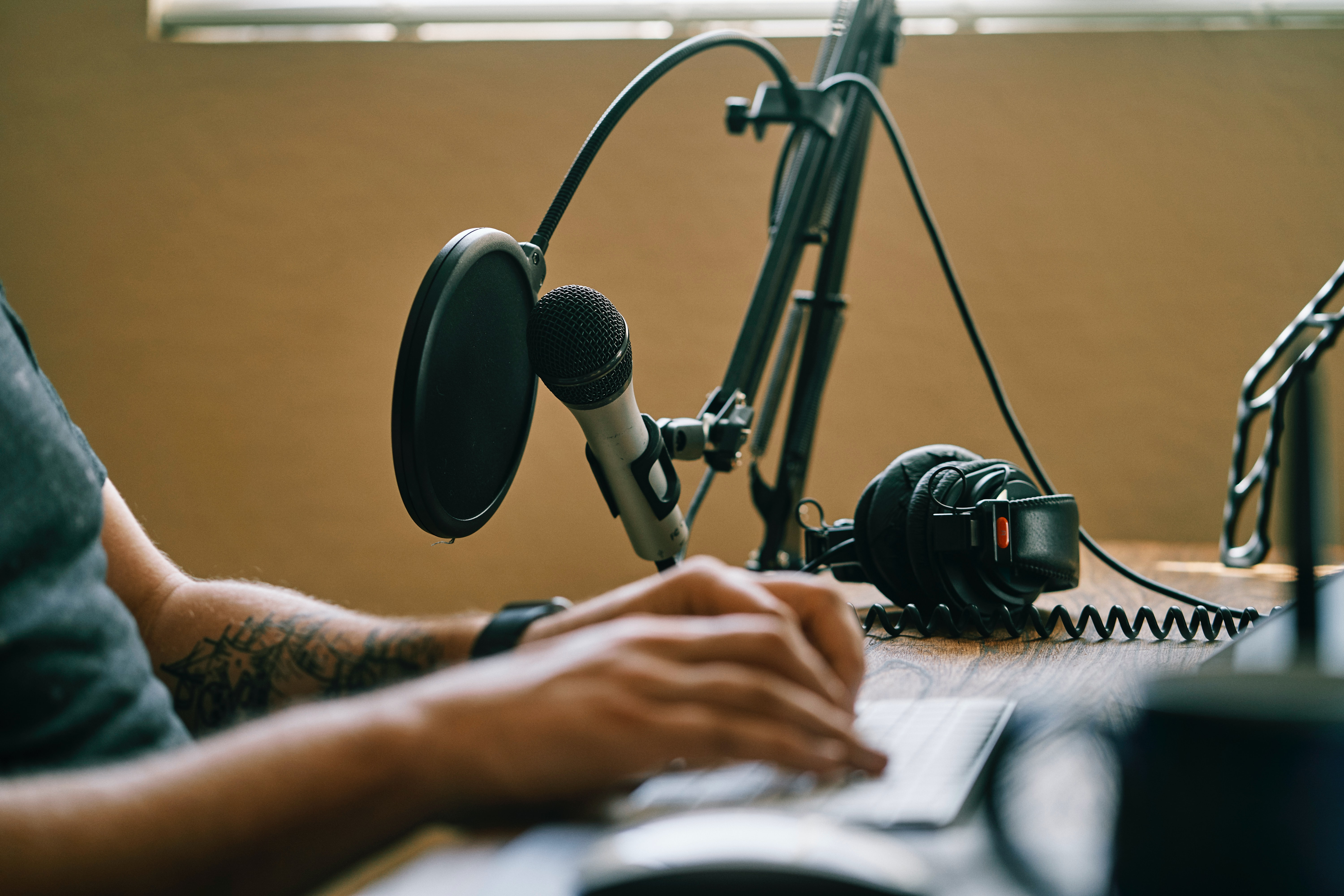 building your brand and the top podcasts and clubhouse accounts